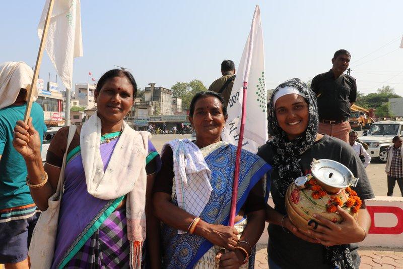 Jai Jagat_women.JPG
