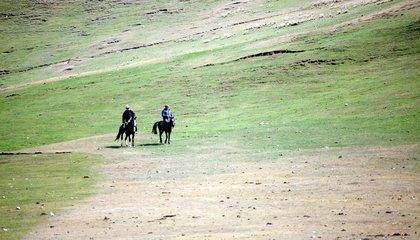 Kyrgyzstan_Pastures (17).jpg